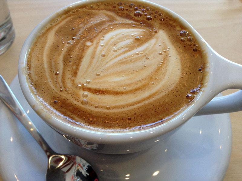 Le Cappuccino au Buck 15 Espresso Bar